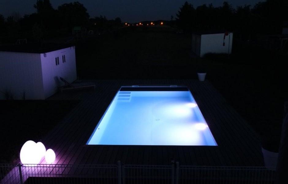 pool-center-healthcompany-plaatsing zwembaden-light