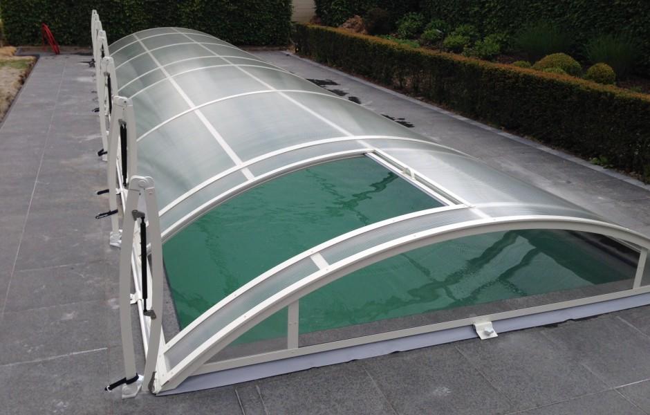 pool-center-healthcompany-plaatsing zwembaden-overkapping 1